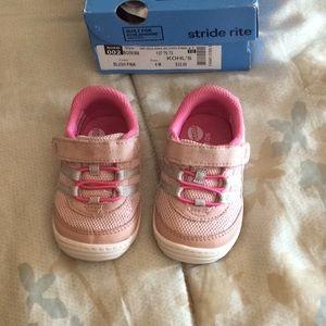 Stride Rite Toddler Girls Shoes - 4
